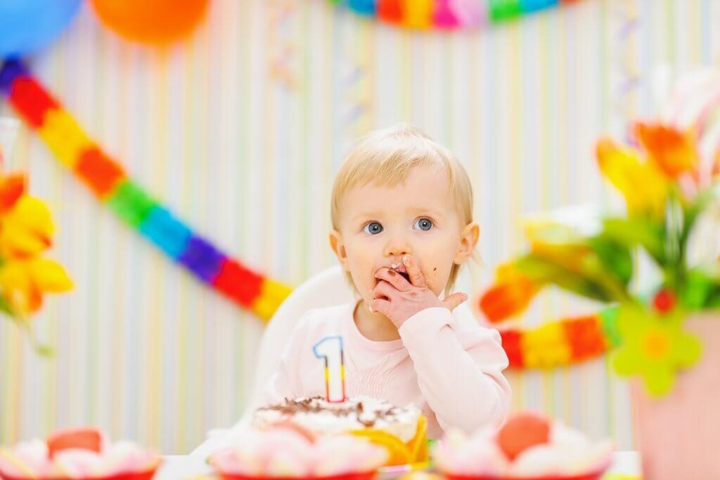 Fiesta de cumpleaños del primer año del bebé.