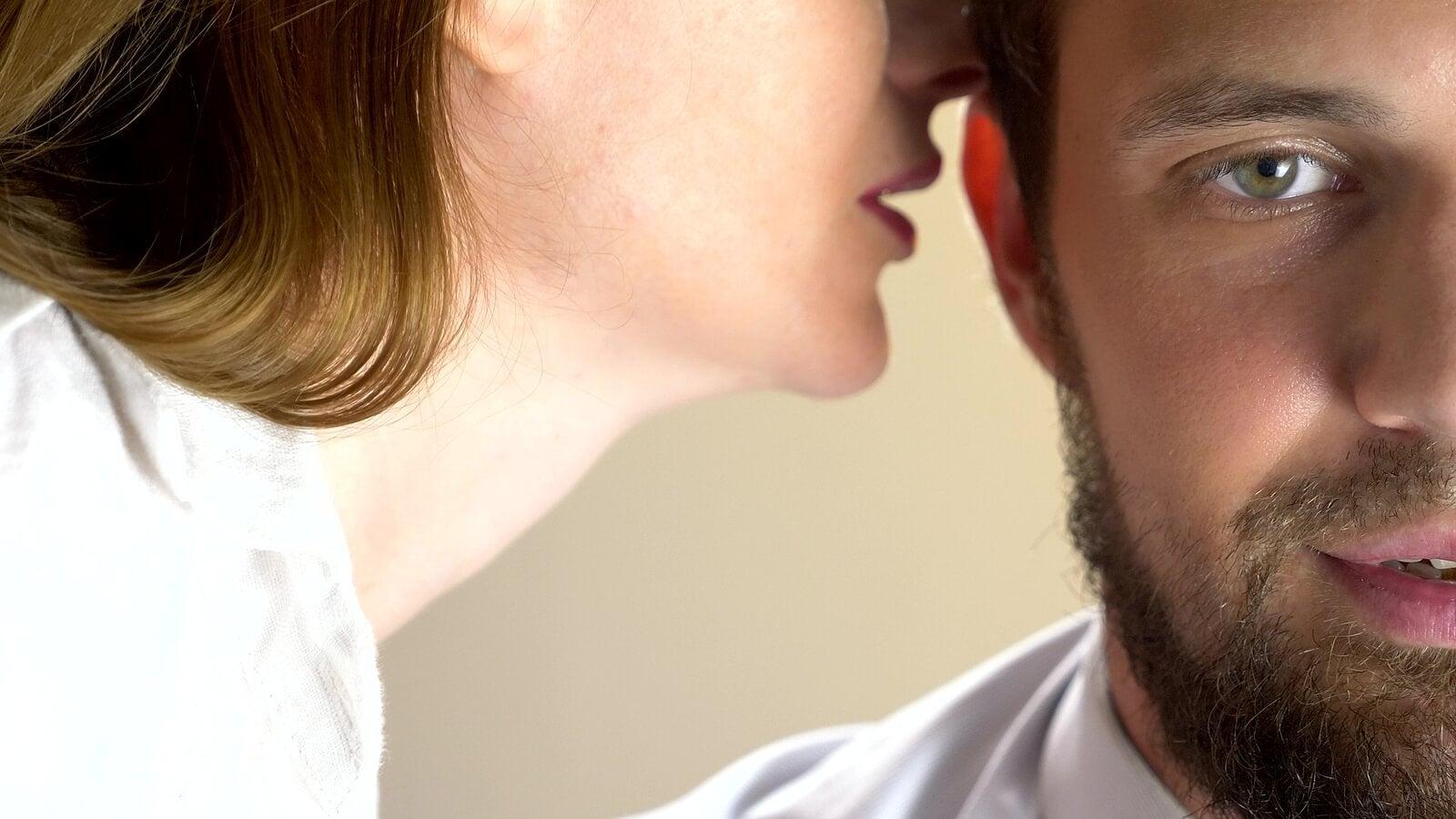 8 Frases Para Excitar A Un Hombre En La Cama Mejor Con Salud