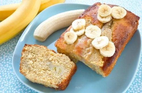 Torta de plátanos y avena sin harina y sin azúcar