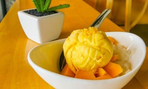 Deliciosa receta de helados de mango biche