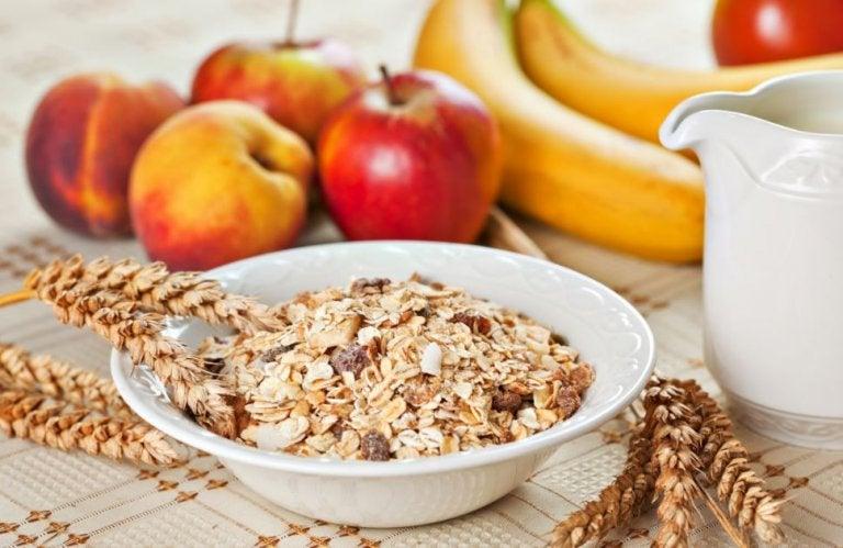 Prepara un delicioso muesli para un desayuno saludable