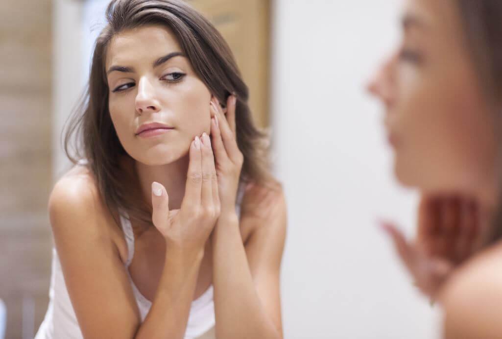 Cuida tu rostro con estos simples pasos