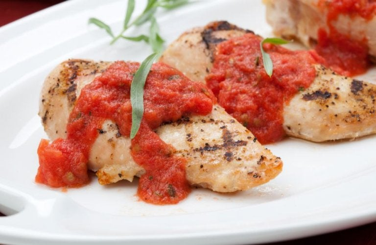 Receta para preparar pechuga de pollo al tomate