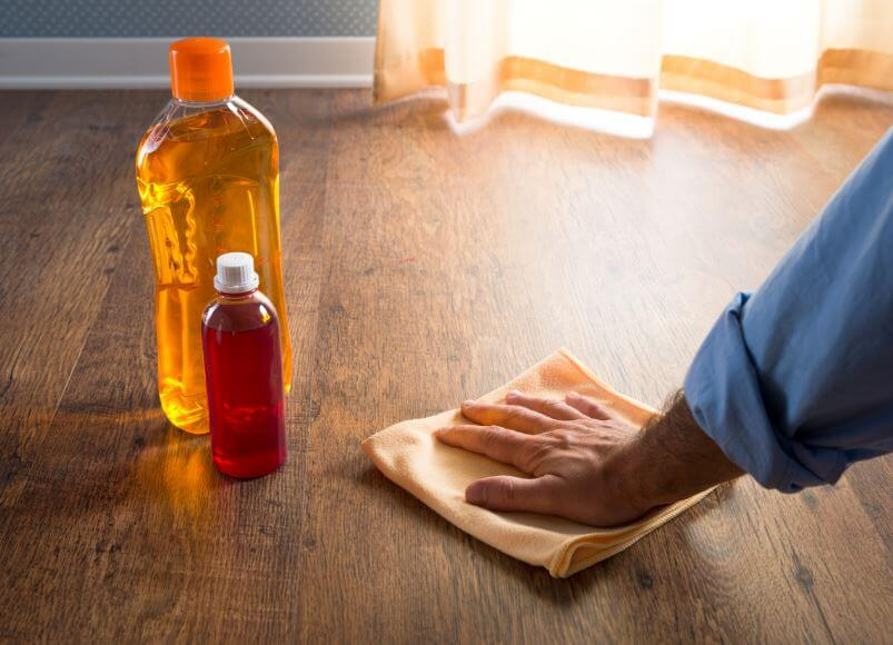 Abrillantar tus pisos de madera