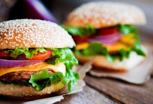 3 recetas caseras para hacer hamburguesas