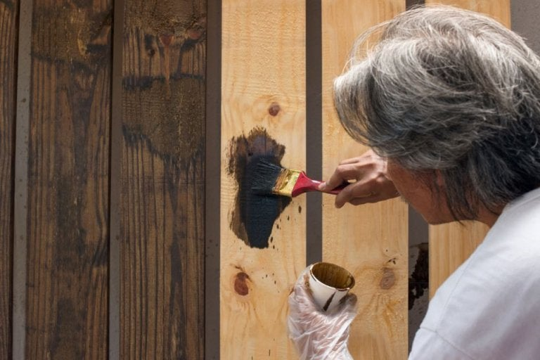 ¿Cómo resanar objetos de madera?