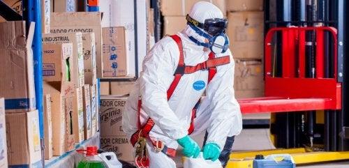 productos químicos usados para eliminar malos olores