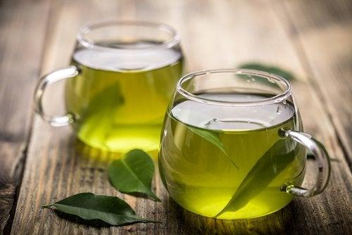 Infusión de té verde.