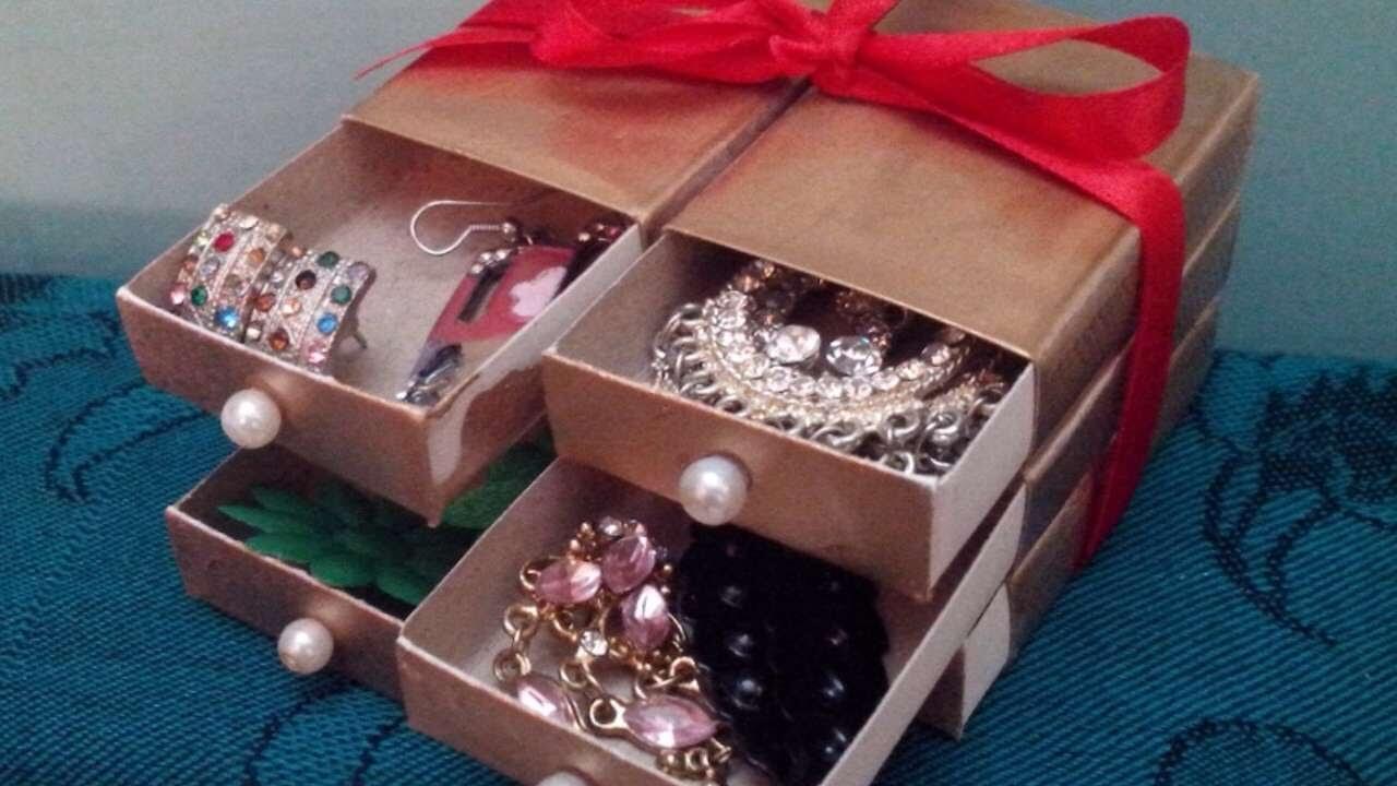 Este joyero es perfecto para guardar los accesorios pequeños.
