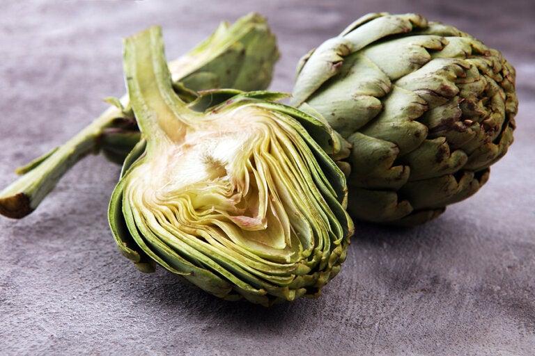 Hígado graso: combátelo con 5 remedios con alcachofa