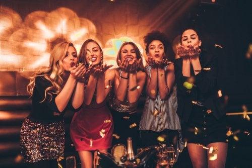 4 consejos para vestirte una noche de fiesta