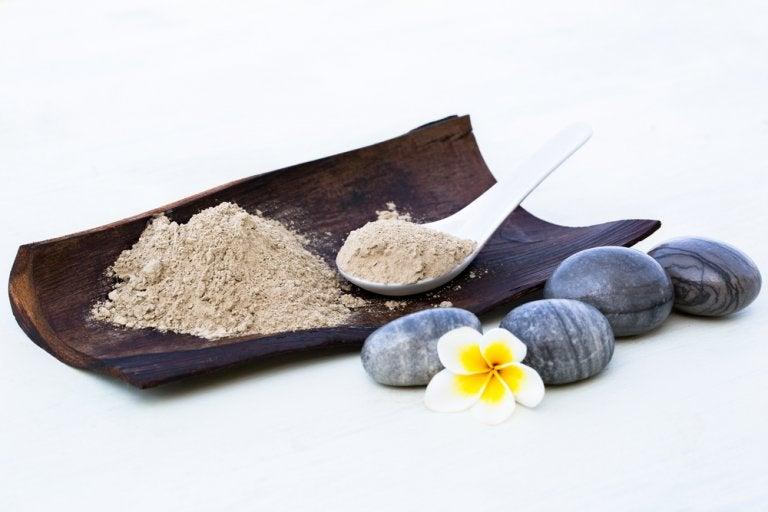 4 remedios con arcilla para curar afecciones cutáneas