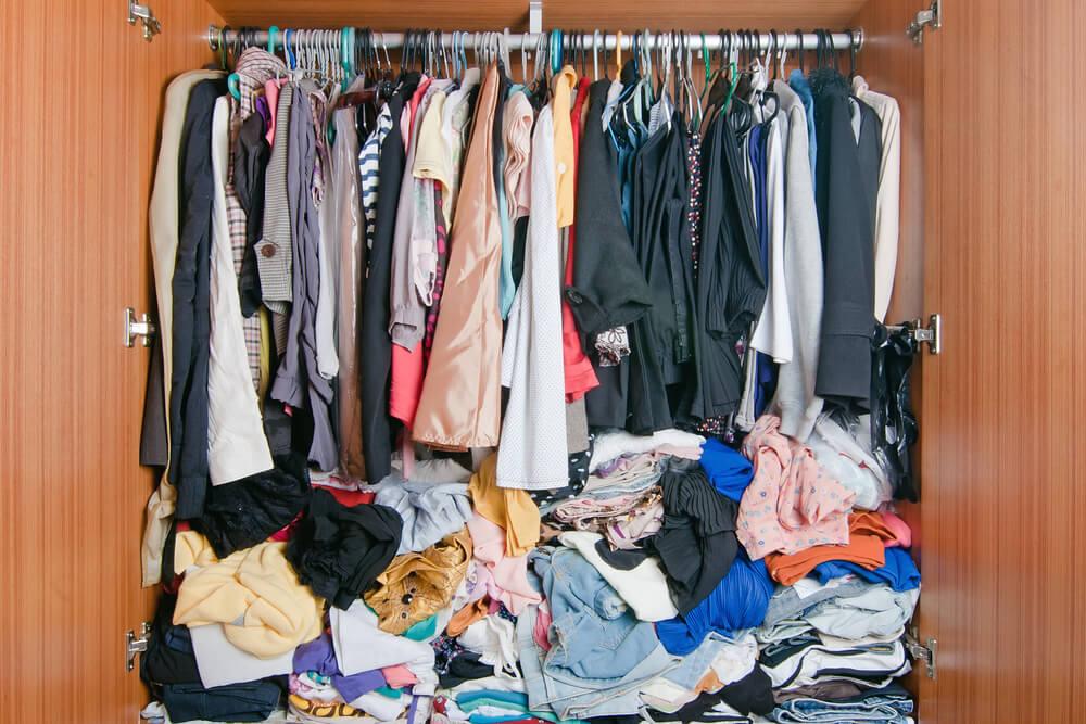La ropa desorganizada puede acabar por cansarnos.