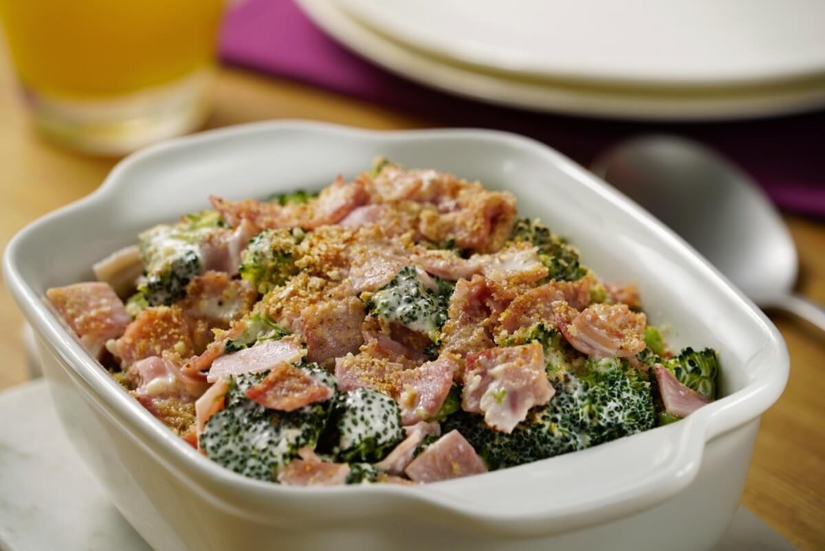 Cacerola de brócoli con jamón
