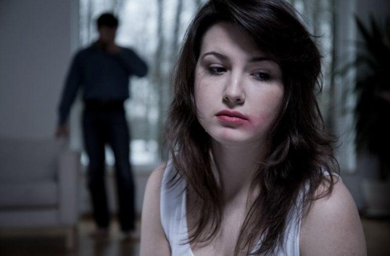 8 cosas que nunca debes permitir en una relación