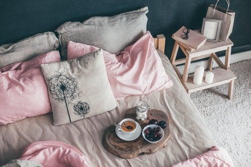 5 tips para que tu cama luzca siempre perfecta
