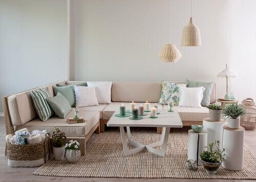 Aprende cómo decorar un salón al estilo vintage.