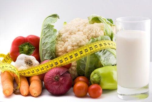 Cómo hacer una dieta para bajar barriga sin pasar hambre