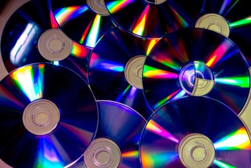 Podemos crear jarrones a partir de los discos.