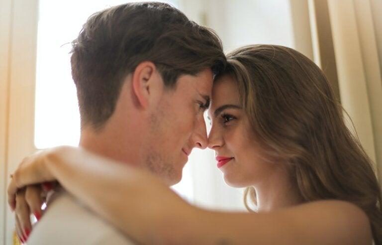¿Cómo llegar al orgasmo al mismo tiempo que tu pareja?