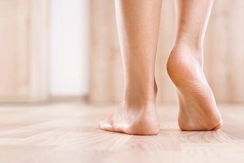 ¿Por qué siempre nos olvidamos de la salud de los pies?