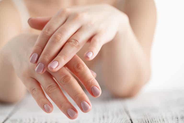Cuidados básicos para proteger tus manos del sol