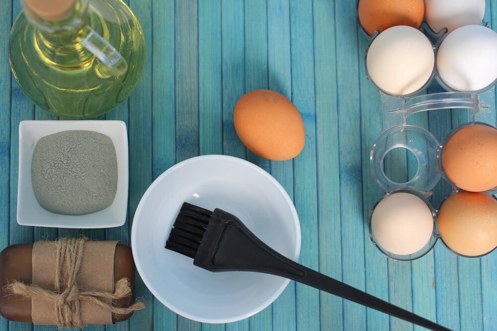 3 remedios con huevo para rehidratar el pelo seco