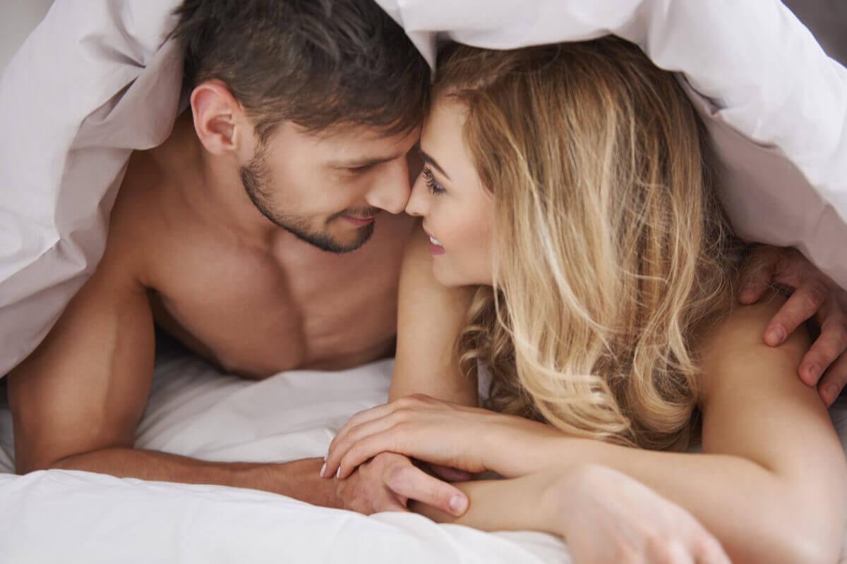 Mitos sobre el sexo anal.