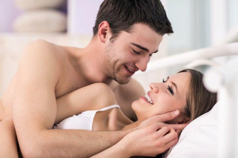 10 mitos y verdades del sexo anal