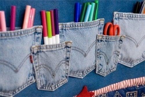 Organizador de lápices con bolsillos