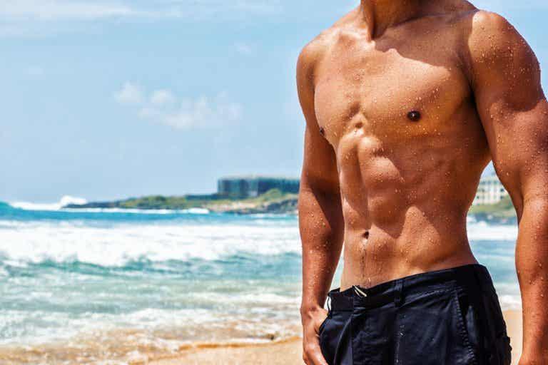 5 formas de trabajar tus pectorales sin herramientas de gimnasio