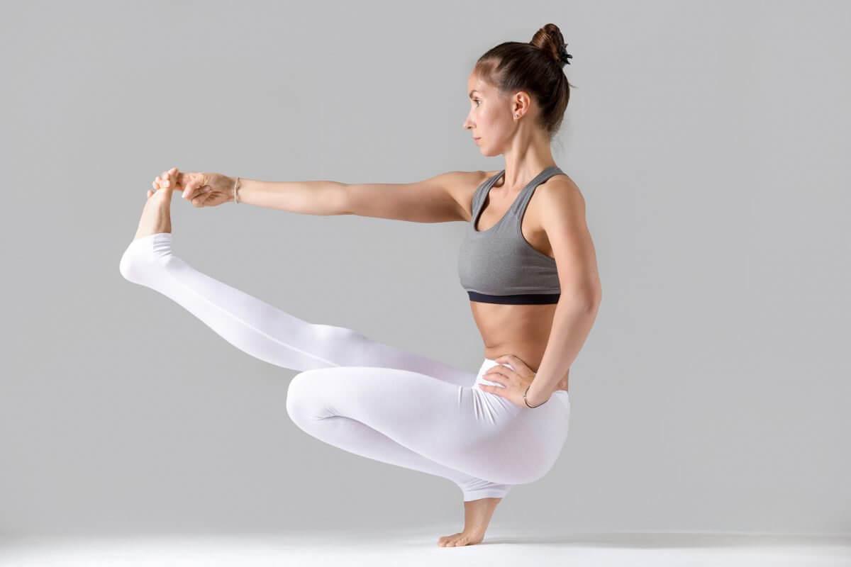 """¿Cuáles son las poses de yoga más difíciles"""""""
