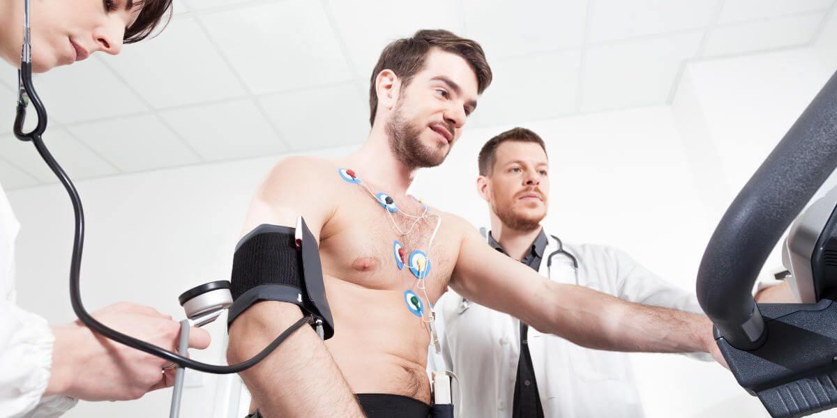 Prueba representando practicar ejercicio con insuficiencia cardíaca