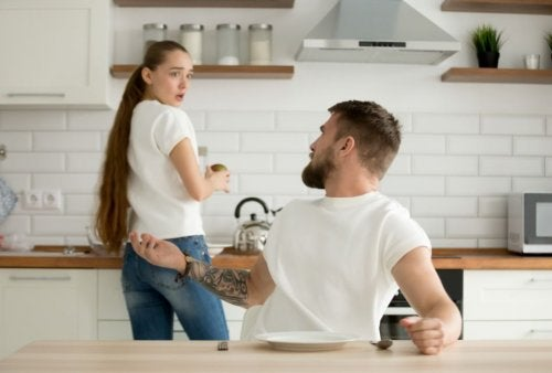 Cómo reconocer relaciones absorbentes