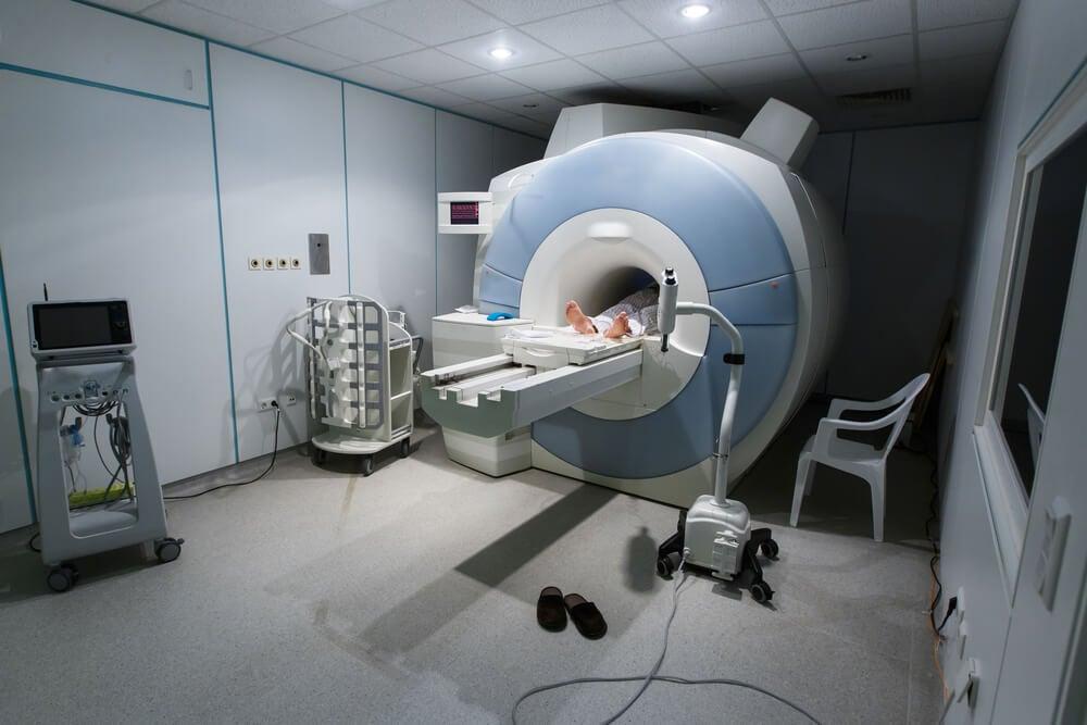 Resonancia magnética para detectar condrosarcoma.
