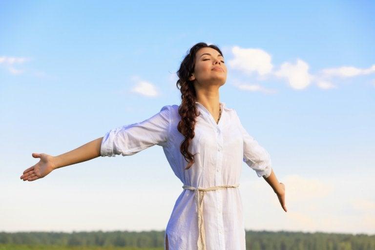 Descubre estos tres ejercicios de respiración que te ayudarán a relajarte