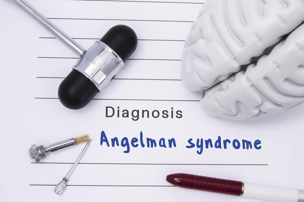 ¿Qué es el síndrome de Angelman?¿Tiene tratamiento?