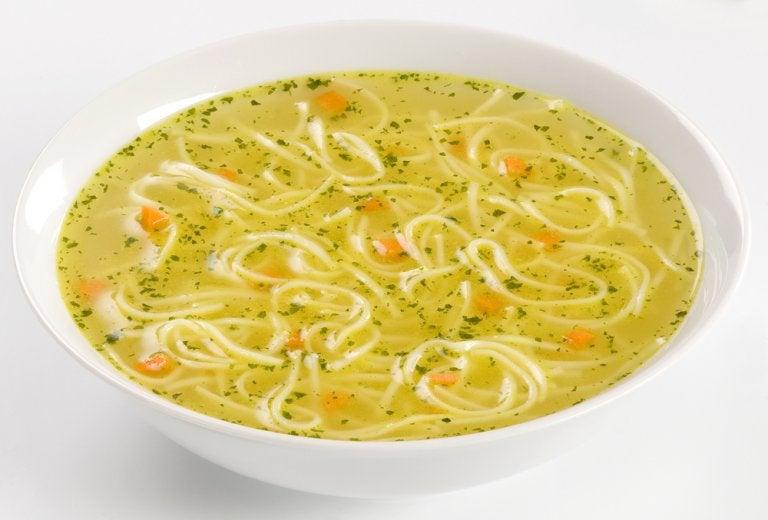 Aprende a hacer una deliciosa sopa de fideos
