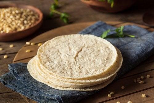 Aprende cómo hacer tortillas de harina, caseras y fáciles de preparar