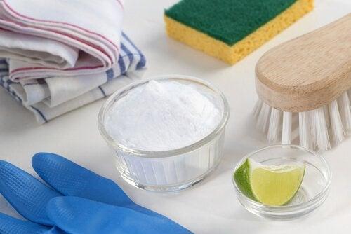 Bicarbonato de sodio y limón para una limpieza ecológica en nuestro hogar