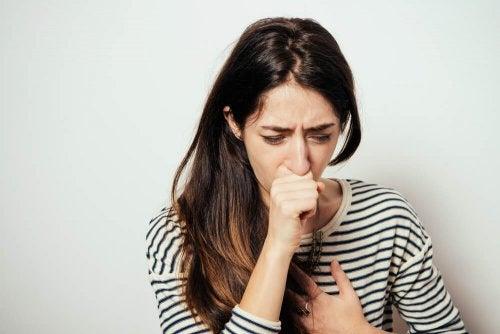 Orégano, malva y tomillo: las plantas para combatir la tos seca