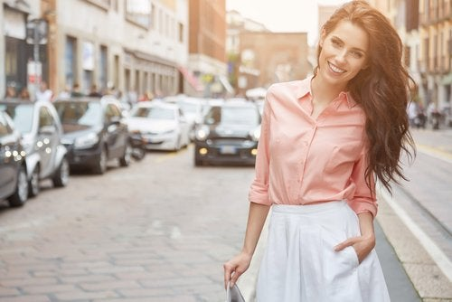 ¿Cómo vestirte si tienes poca cintura?