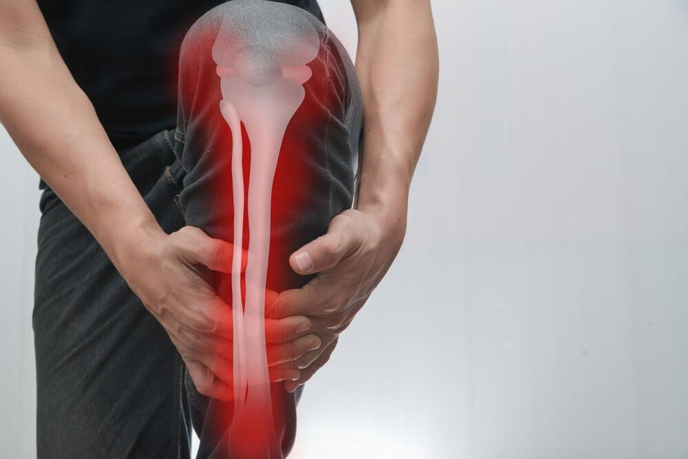 Dolor en los huesos: causas, síntomas y cómo tratarlo