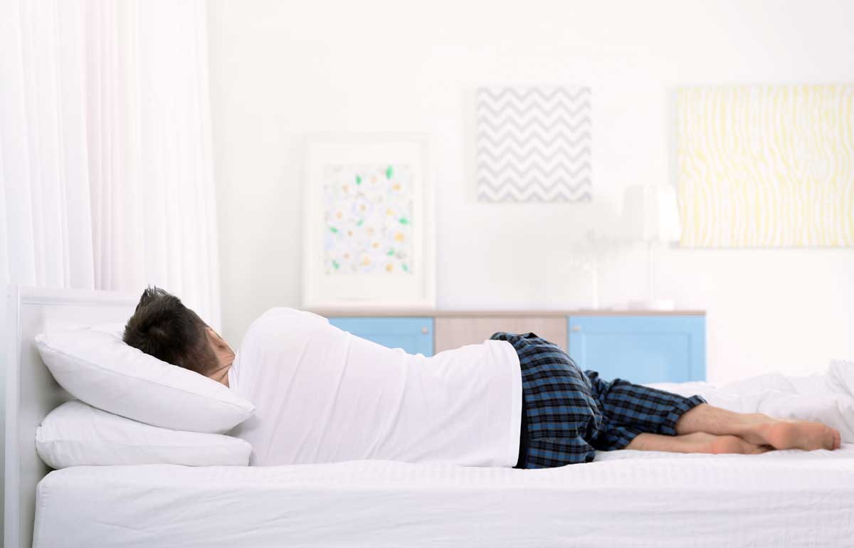 Dormir de lado qué colchón es el recomendado