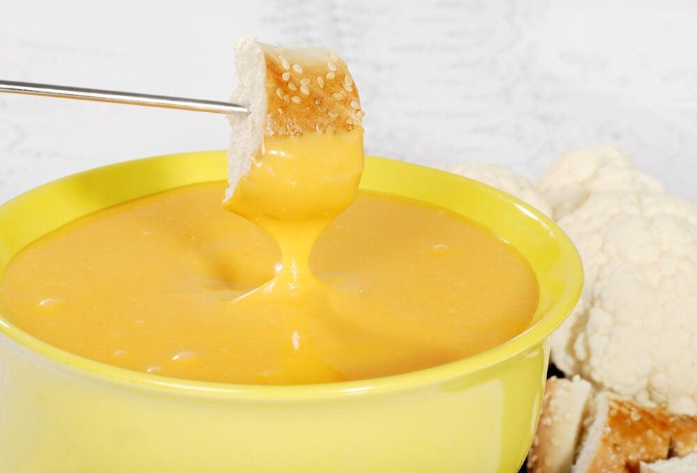 Delicioso dip de queso y especias para preparar en casa