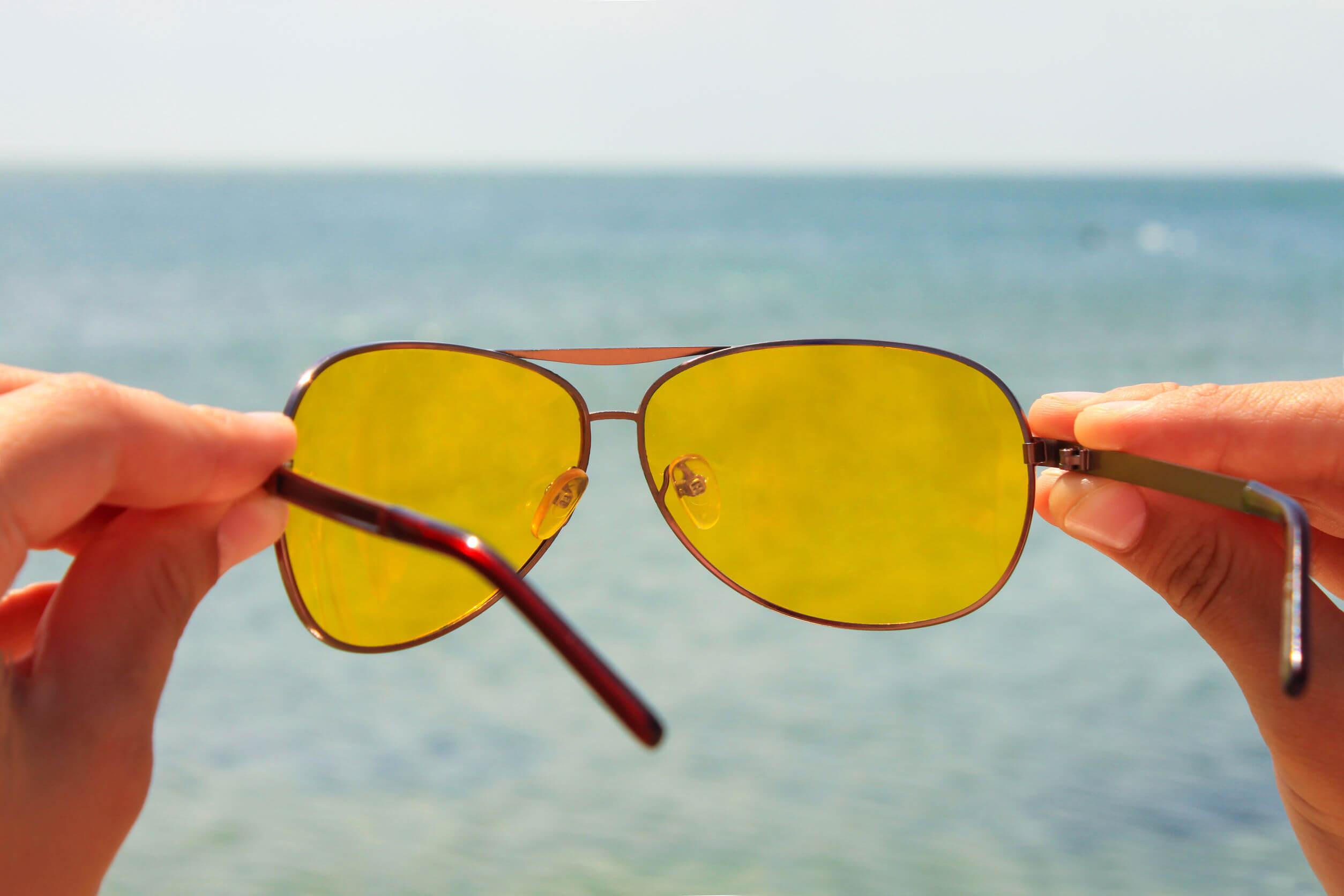 El color amarillo para los cristales
