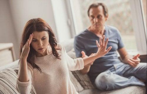 8 hábitos negativos de pareja que pueden acabar la relación