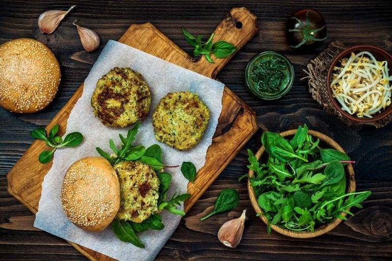 2 formas de hacer hamburguesas veganas