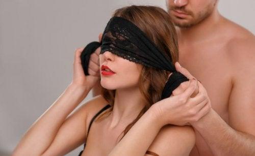 7 preliminares originales que puedes probar con tu pareja
