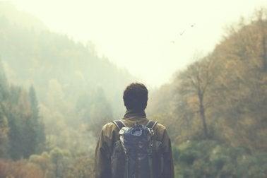 Mirar de lejos para mejorar la miopía